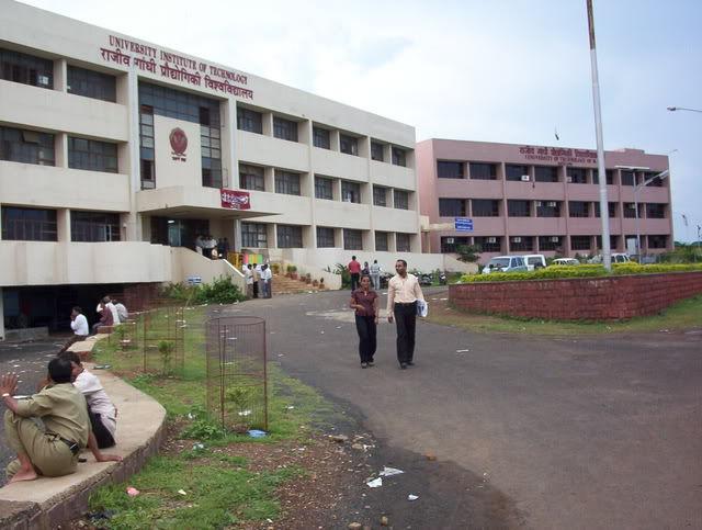 Fee Structure of University Institute Of Technology Rajiv Gandhi Proudyogiki Vishwavidyalaya, (UIT- RGPV) Bhopal