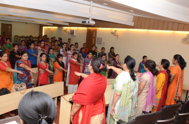 Rr Bawa Dav College For Girls Batala Gurdaspur