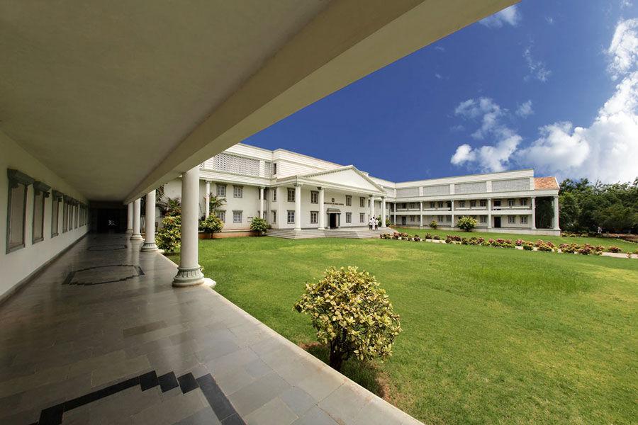 Kamineni Institute Of Dental Sciences (KIDS) Nalgonda
