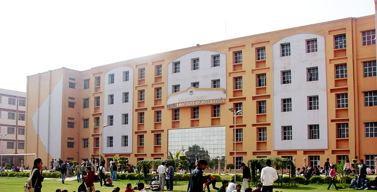 Fee Structure of Lingayas University Faridabad