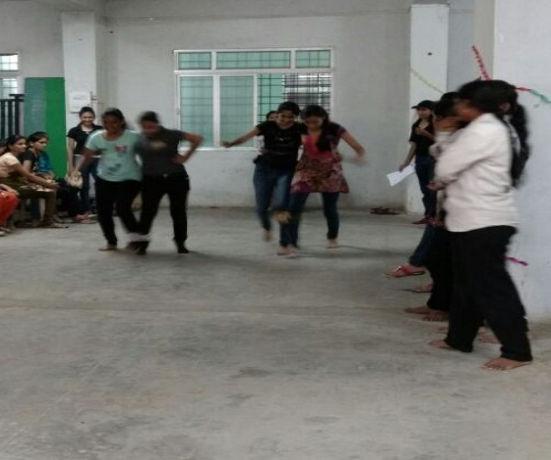 Smt. Rajshree Mulak College Of Engineering For Women Nagpur