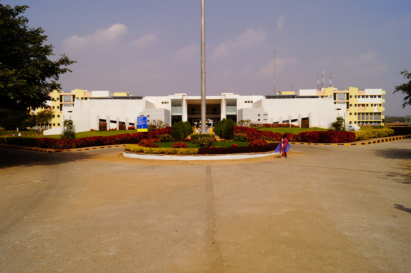 Sreenidhi Institute Of Science And Technology, Hyderabad (SNIST) Ranga Reddy